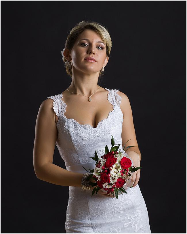 Невеста. Два источника света